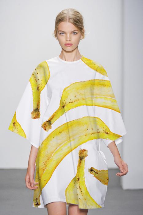 Big White Bananas Smock