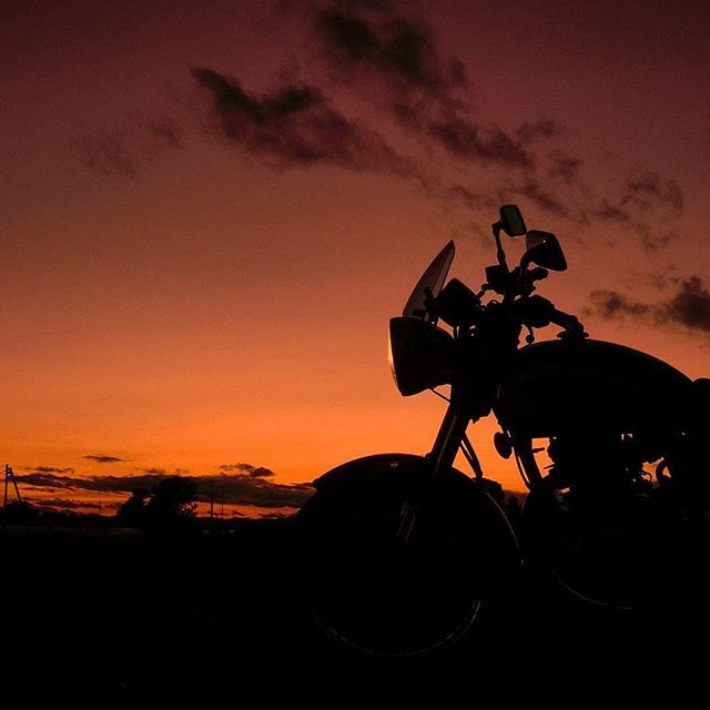 #Sunsets and #Motos What could be better? @Dr.Jay0322  #Motolo #MotoloCrew