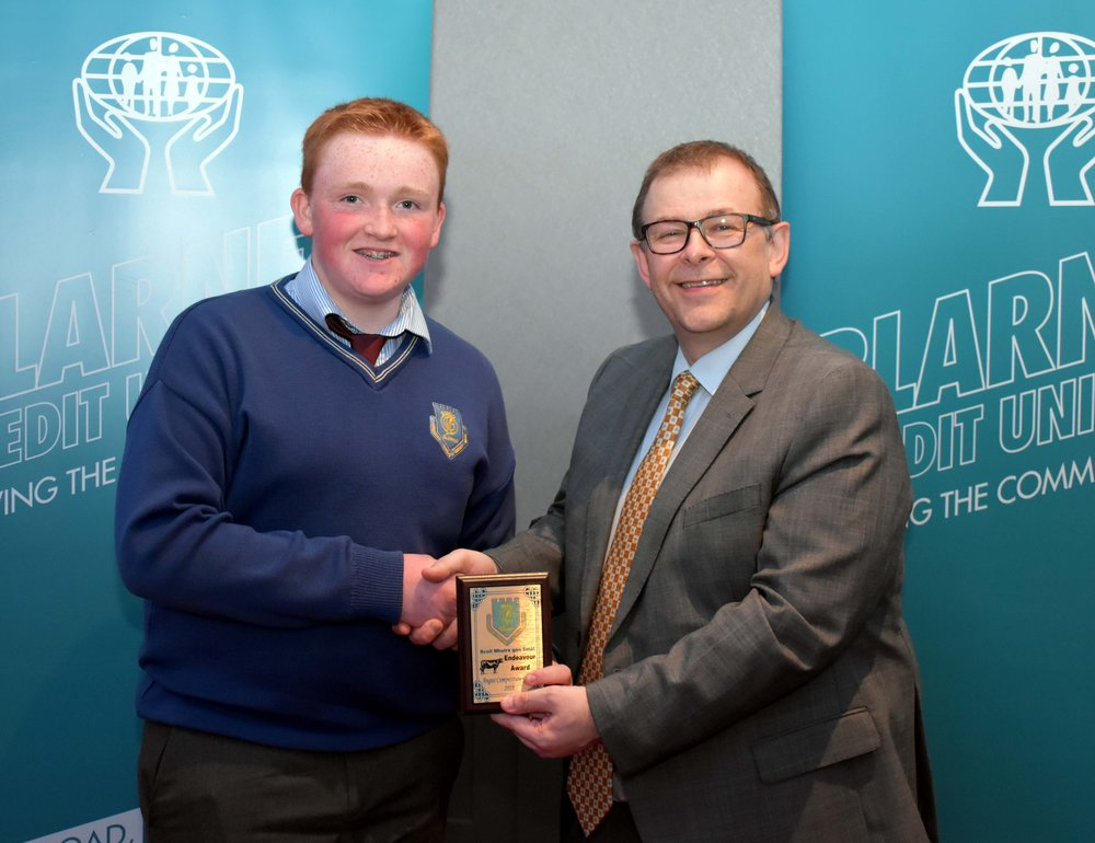 Angus Competition Group, Brian Osborne accepting the award on behalf of Loughnane Angus. The TY group reached the Finals of the Certified Irish Angus Beef Schools' competition in Croke Park in March. (Pictured with Mr. Mark McGloughlin - BOM and Blarney Credit Union)