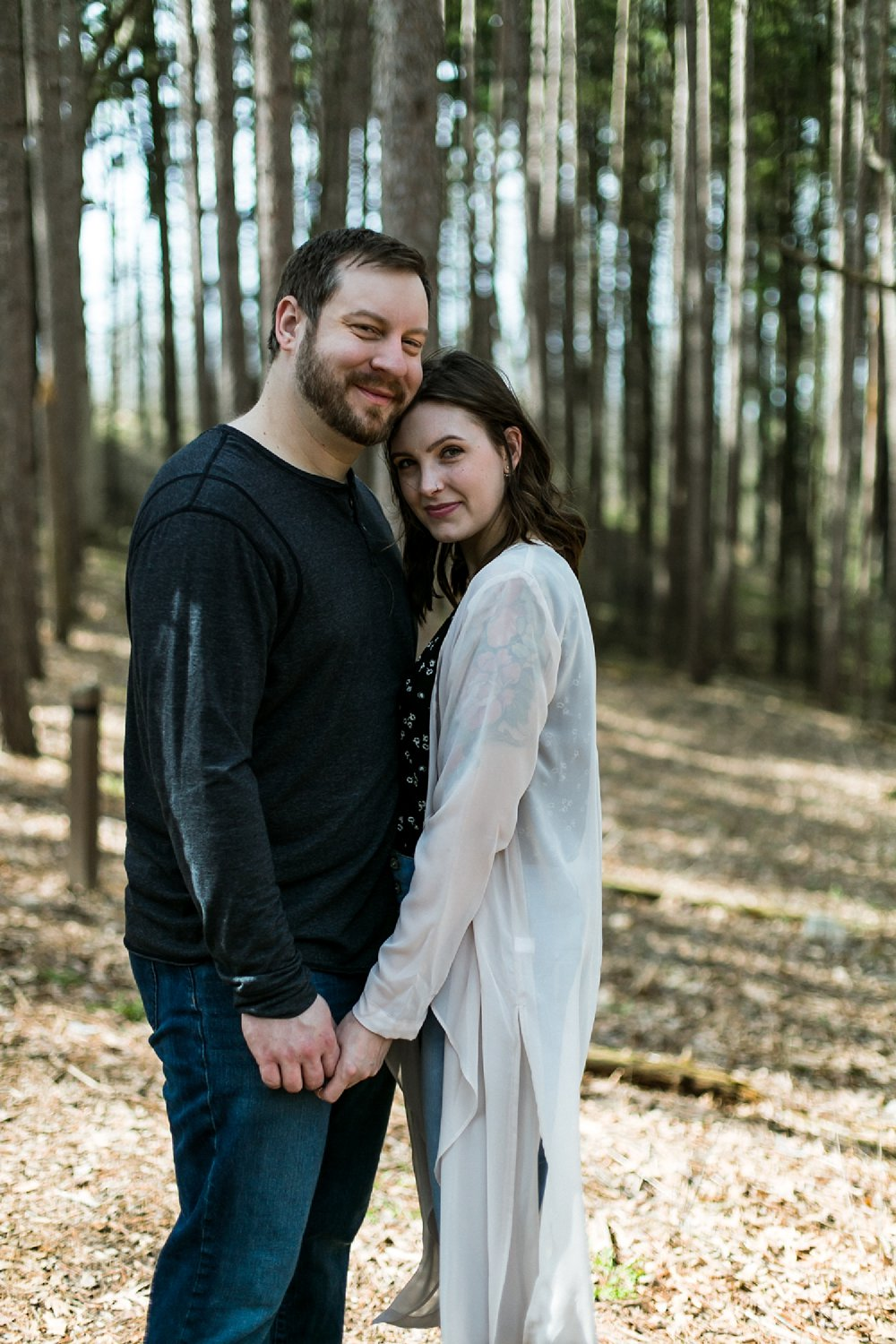 Midwest Woods Engagment Photos_0005.jpg