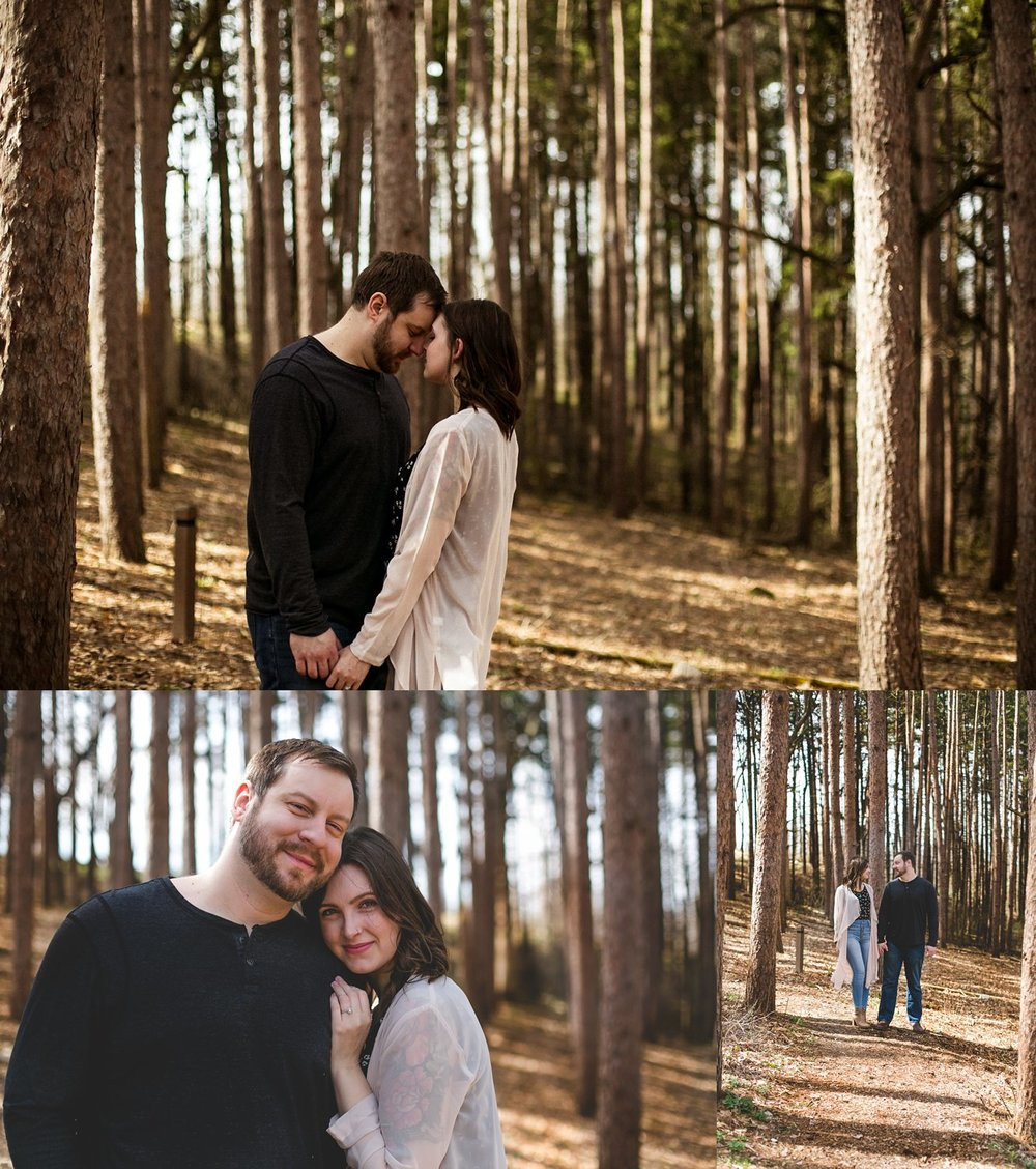 Midwest Woods Engagment Photos_0004.jpg
