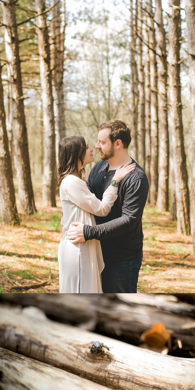 Midwest Woods Engagment Photos_0022.jpg