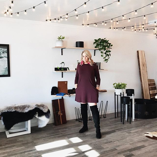 Hey, Brie here! I cannot thank every single one of you enough for supporting our shop! @briemakesspaces pop-up wouldn't be what it is without @maxcosteel + neither of us would be what we are without all of our amazing clients. It's hard to believe christmas is just about here + december is almost over. The support we have had here for the brief time is so amazing + I have never felt happier having our own space to share our passion for custom homemade design pieces. We are open until 5:00 today so you can scoop up some last minute locally handmade gifts! Back open on the 28th! #shoplocal #thesoo