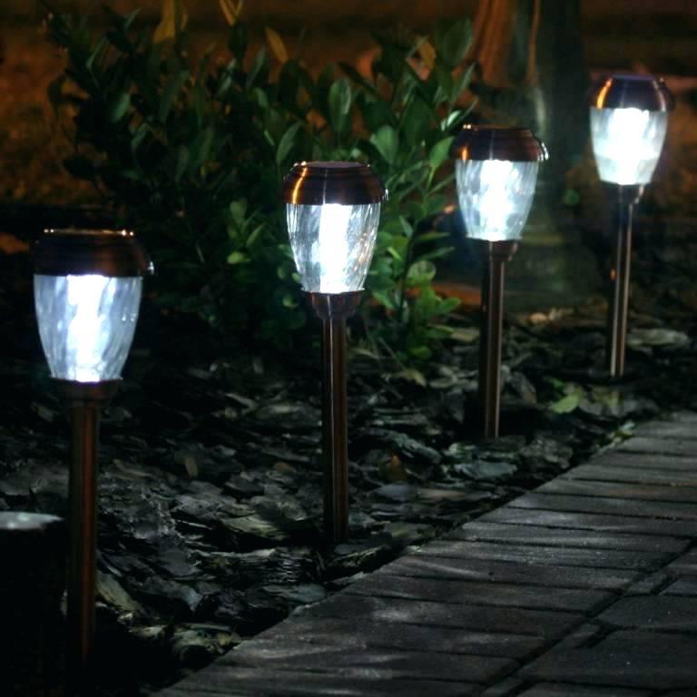 solar-powered-lights-solar-power-lights-outdoor-solar-powered-outdoor-wall-lights-home-design-ideas-solar-powered-outdoor-lighting.jpg