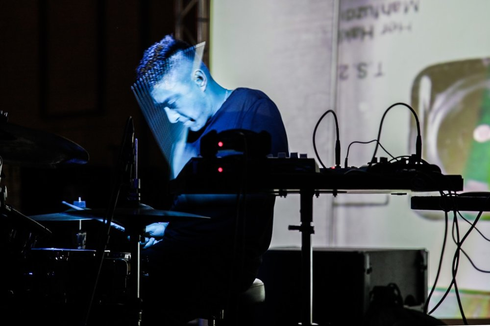 Shigeto-Live.-Mutek-Barcelona-2016.jpg