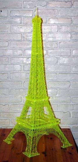 Eiffel-tower-by-Guy-Hilliard-1.jpg