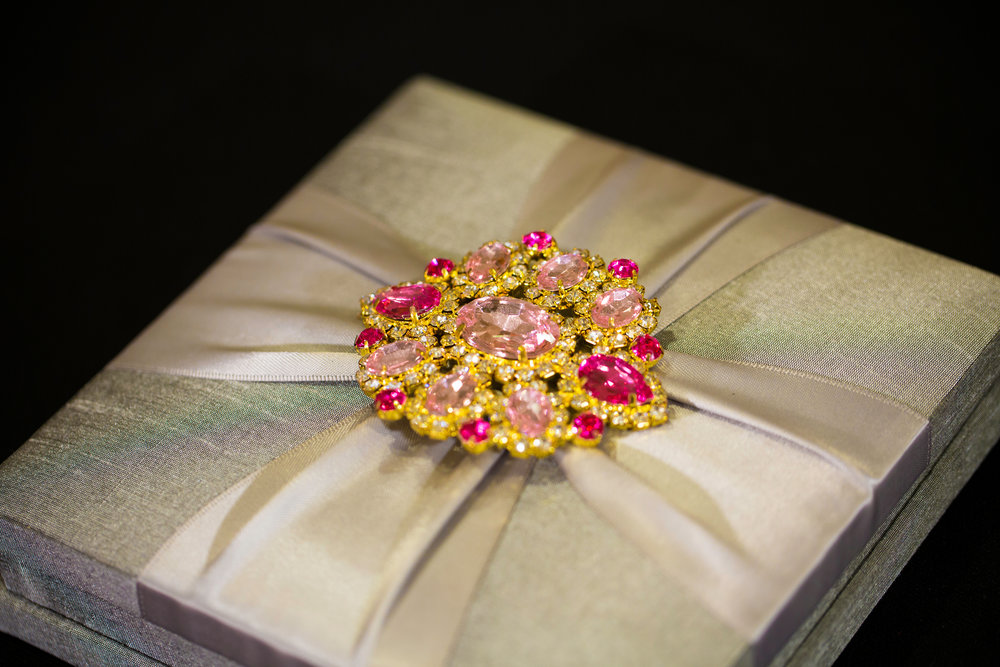 A presentation box is a luxurious alternative to a traditional envelope for your invitation