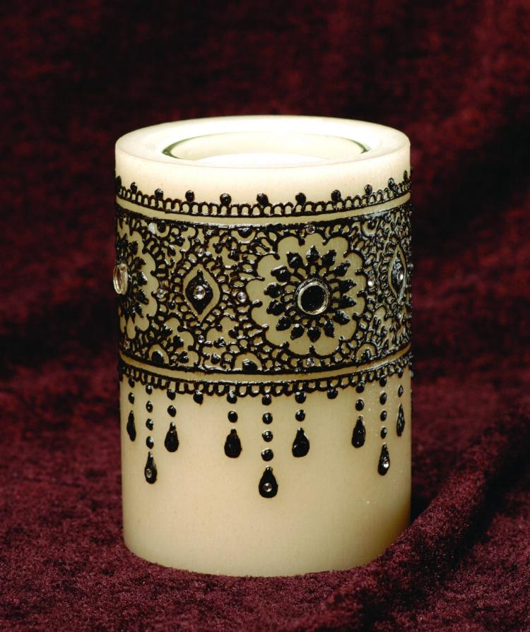 Henna Artist Ravie Kattaura Indian Weddings