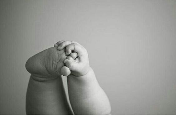 holding feet.jpg