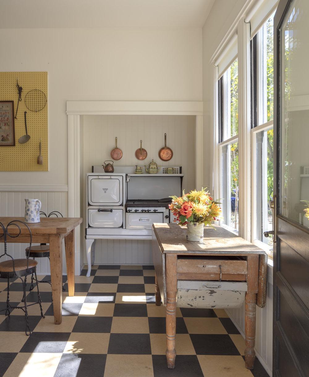06_kitchen_02.JPG