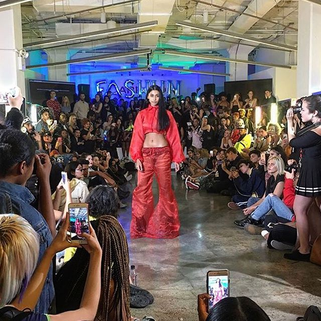 A #photospread from such a great day of leading hair for @arrojonyc for @bullettmagazine #fashuntweek event last night. 🔥🖤 #thankful #leadhair #bulletmagazine #independentartist #nycartist #nycstylist #nychair #nyfw #runway #nyc #manhattan #soho #arrojonyc @linaarrojo @nickarrojo @driennareo_doeshair  assistant: @marlogomer  Designers: @hswld @mancandy @queenie_qinghe_cao @oliviaoblanc @heidi_337 @yardenroee @slashedbytia @whatever_twentyone 📸🔥🖤❤️