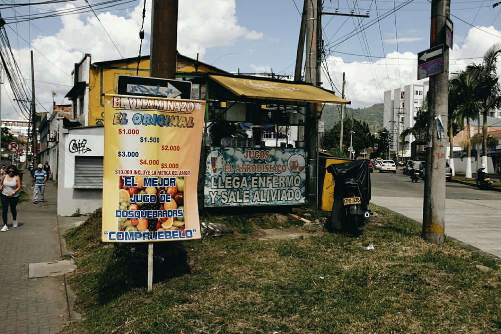 Juice with a sex pill on offer in Pereira.