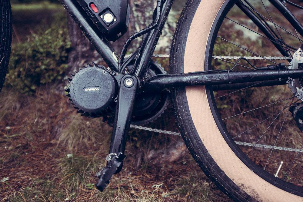 Bafangmotoren kan monteres på nesten enhver sykkel. Du kan altså bruke en fin sykkelramme, de aller færreste ferdigproduserte elsykler kan i dag kalles fine. Bafang er prisgunstig og så enkelt å sette opp at man kan gjøre det med et minimum av kunnskap om sykler.