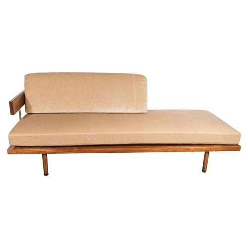 midcentury chaise by harvey probber with mahogany and brass supports - Chaise Deco