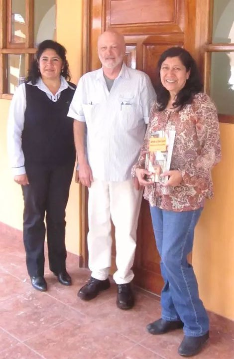 Meeting with FINCA leadership: Ayacucho regional director Janet Pimentel Gutierrez (left) and national director Iris Lanao Flores at FINCA office Sept. 2015