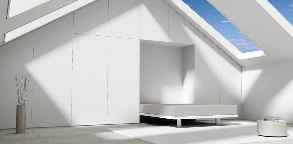 In de kastenwand zit onzichtbaar een opklapbed opgeborgen. In een handomdraai wordt de zolderkamer in een luxe logeerkamer omgetoverd.