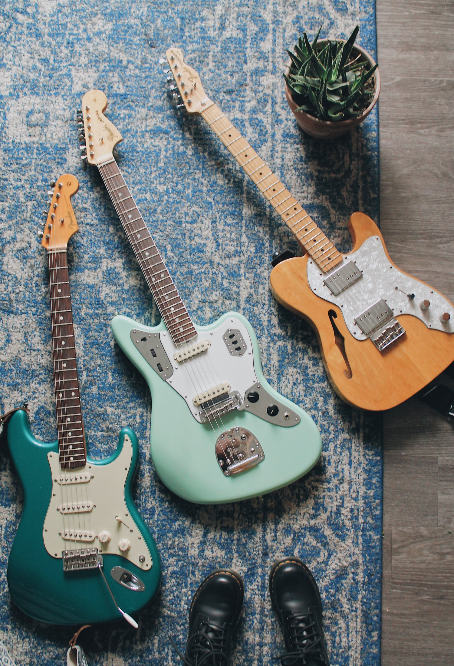 Stratocaster Guide Which Strat To Buy Model Comparison Fender >> What To Consider Before Getting A Fender Jaguar Haley