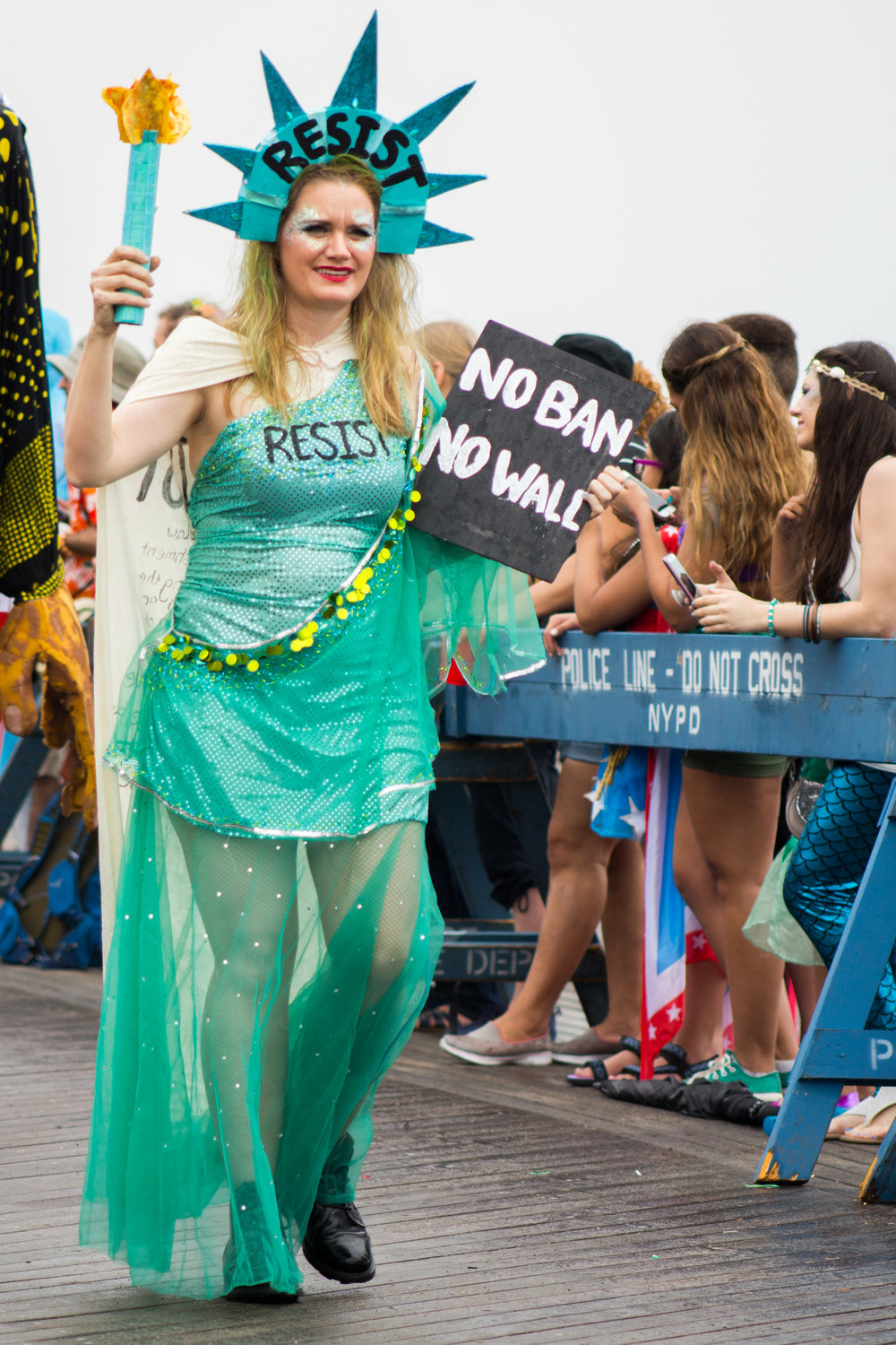 MermaidParade-25.jpg