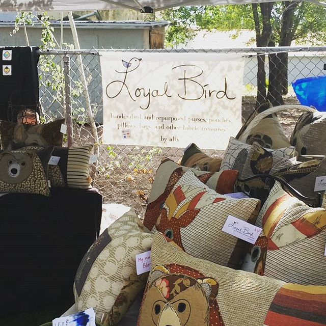 We're here from 9-1 today at the show low farmers market.  Lots of vendors and wonderful weather.  #handmade #local #whitemountains #showlowfarmersmarket #loyalbird