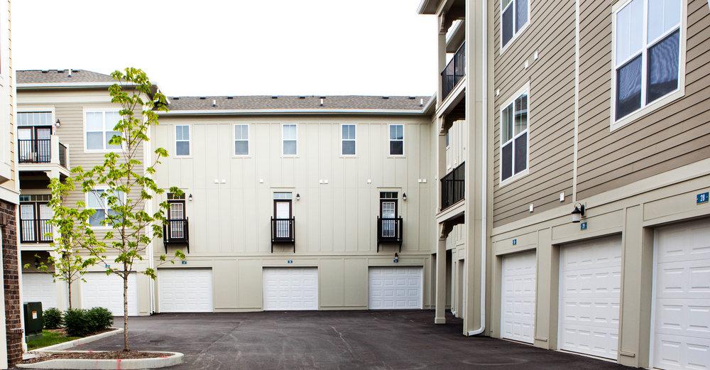 Highpointe - Atached garage (apartments).jpg
