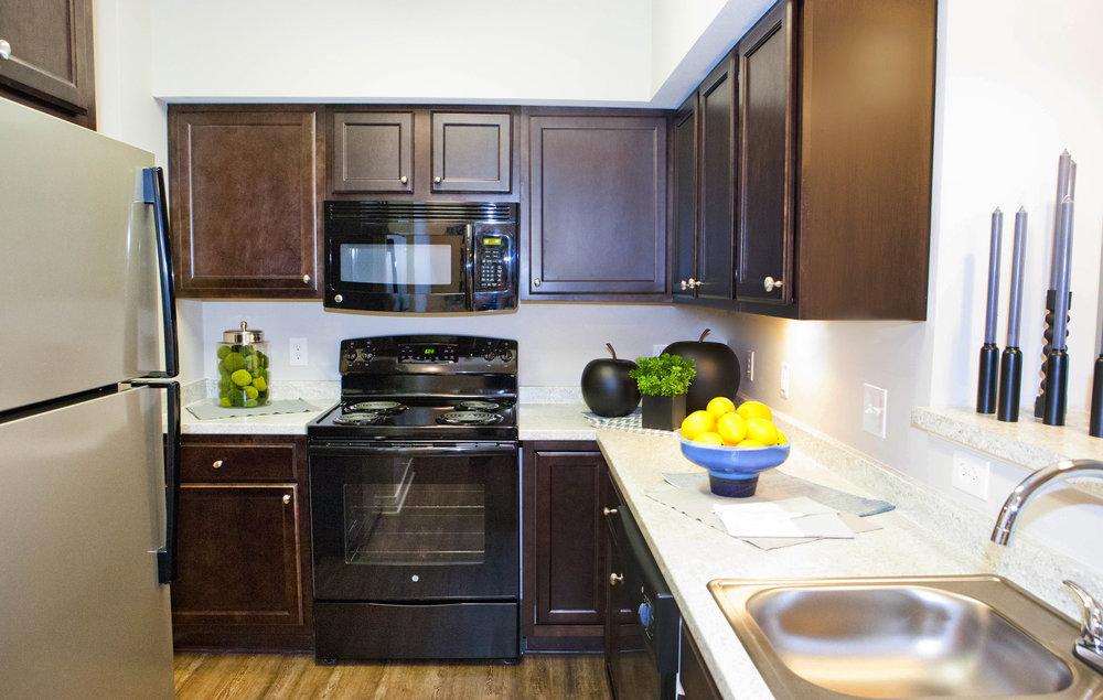 Highpointe - model kitchen (apartment).JPG