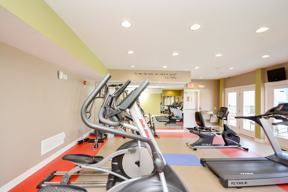 15 Downtown Indianapolis Apartments The Waverley fitness center.jpg