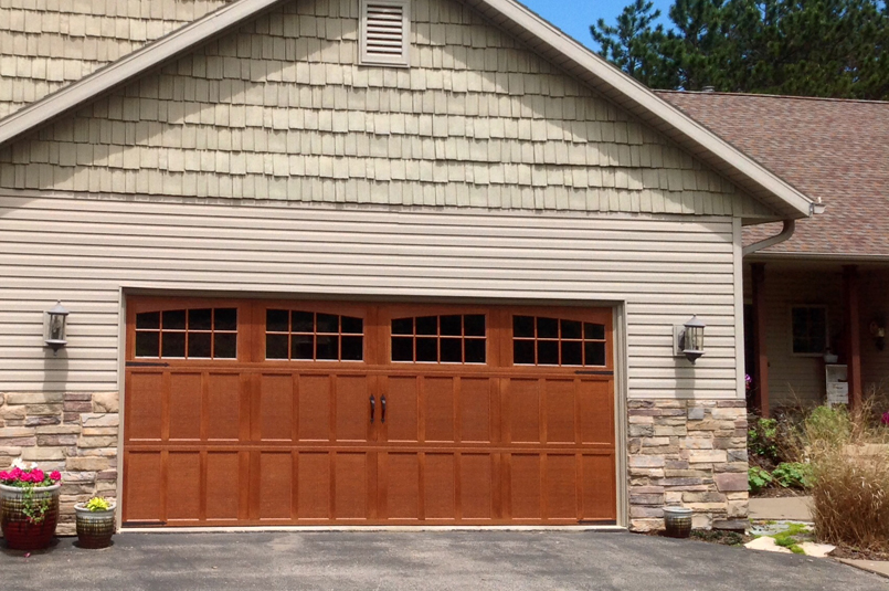 carriagehouse-garage-door-MAIN-wide.jpg