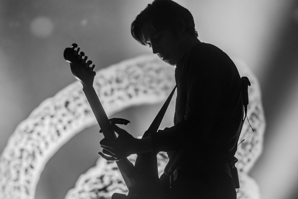 CATFISH AND THE BOTTLEMEN PERFORMING AT SOLD OUT SECC - HALL 4, GLASGOW SHOW IN NOVEMBER 2016, PHOTO: CALUM BUCHAN PHOTOGRAPHY