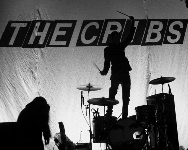 THE CRIBS ANNOUNCE UK TOUR FOR MAY THIS YEAR | PICTURE: CLASH MAGAZINE