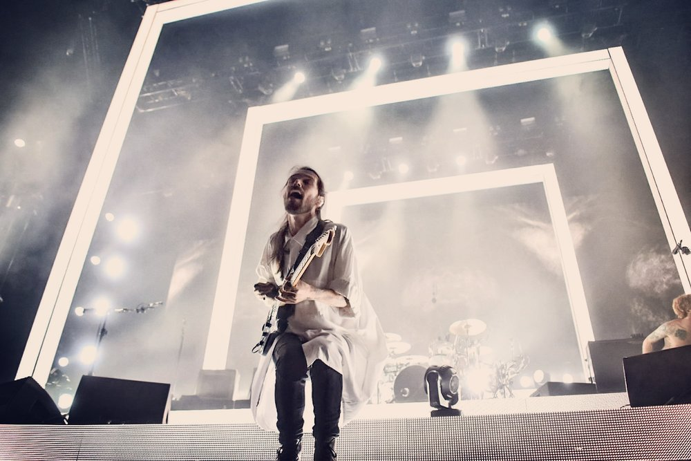 BIFFY CLYRO HEADLINING DOWNLOAD FESTIVAL 2O17  PICTURE BY: CALUM BUCHAN PHOTOGRAPHY