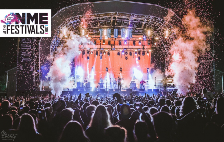 THE VACCINES headlining Friday night at TRUCK FESTIVAL 2017 Photo Credit: Sarah Koury - Entirety Labs / NME Magazine