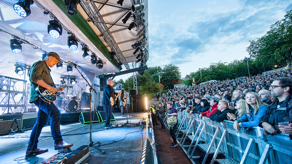PIXIES PERFORMING AT GLASGOW'S KELVINGROVE BANDSTAND - 07/08/2017  PICTURE BY: STUART WESTWOOD PHOTOGRAPHY