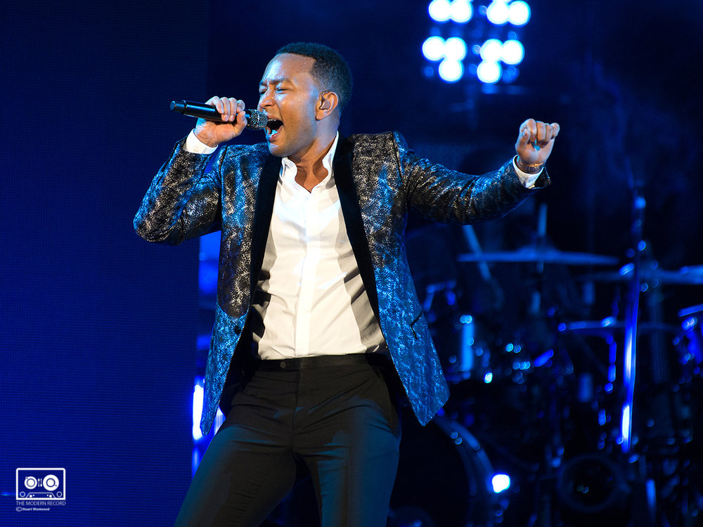 JOHN LEGEND PERFORMING AT THE SSE HYDRO, GLASGOW - 08/09/2017  PICTURE BY: STUART WESTWOOD PHOTOGRAPHY