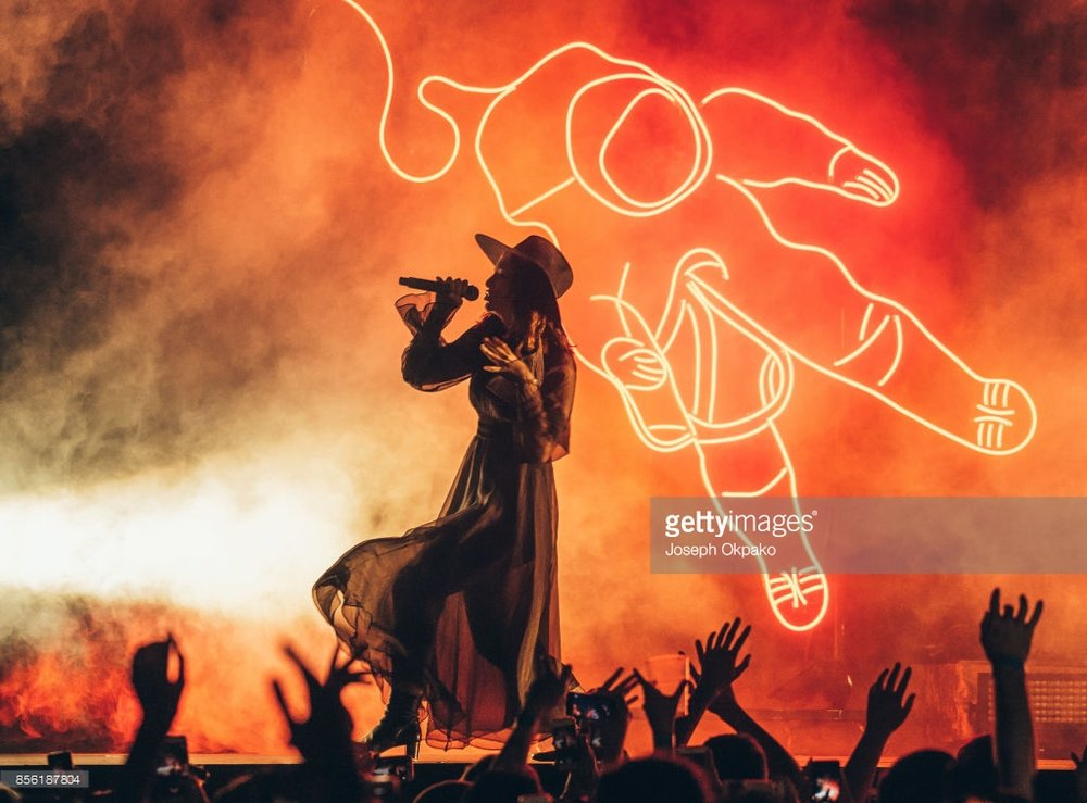 LORDE PERFORMING ON HER 'MELODRAMA WORLD TOUR'  PICTURE BY: JOSEPH OKPAKO - GETTY IMAGES
