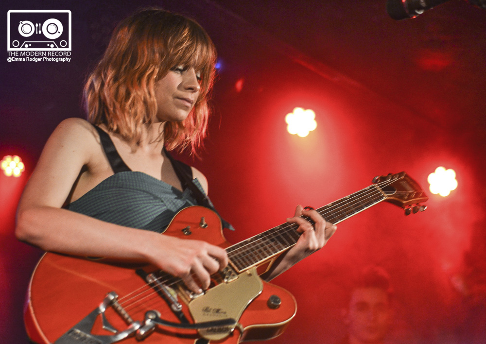 GABRIELLE APLIN PERFORMING AT GLASGOW'S ORAN MOR - 18/10/2017  PICTURE BY: EMMA RODGER PHOTOGRAPHY