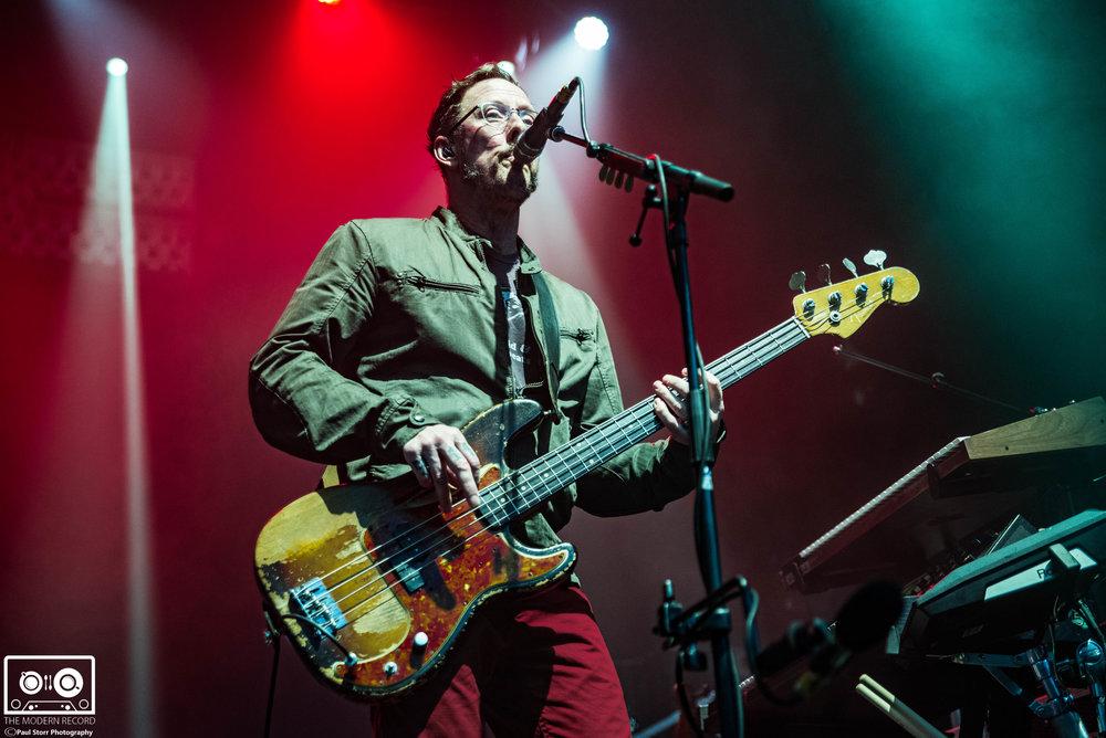 Weezer, O2 Academy Glasgow, 24-10-17-10.jpg