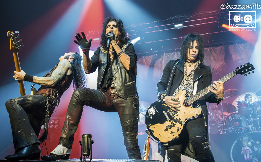 ALICE COOPER PERFORMING AT THE SSE HYDRO, GLASGOW - 12.11.2017  PICTURE BY: BAZZA MILLS PHOTOGRAPHY