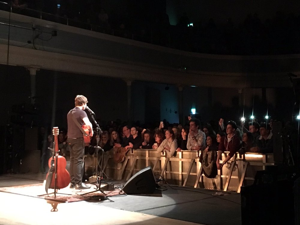 JAKE BUGG - PERFORMING AT EDINBURGH'S QUEEN'S HALL - 13.11.2017  PICTURE BY: DEREK WATSON - TWITTER