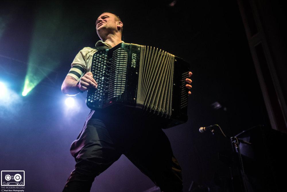 Gogol Bordello, O2 Academy Glasgow, 17-12-17-10.jpg