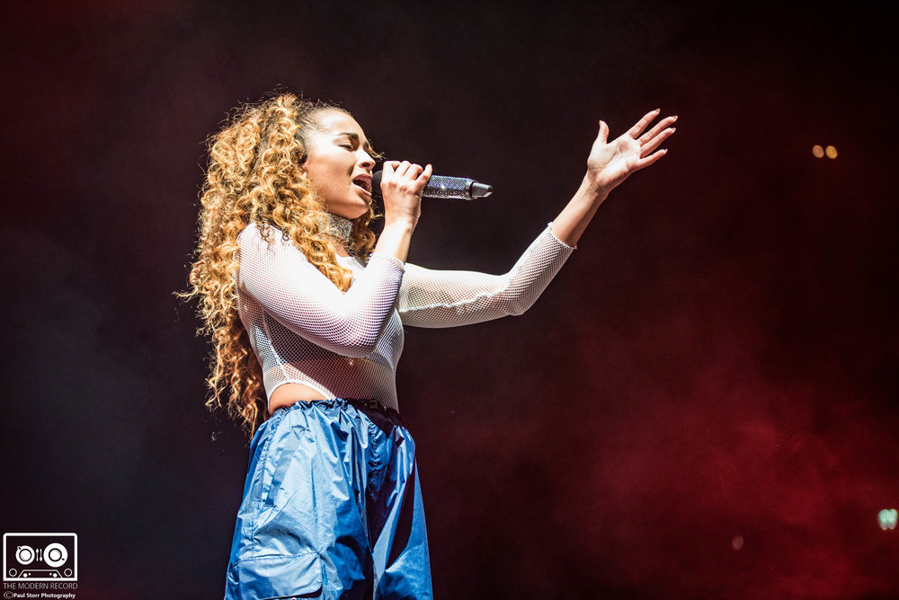Ella Eyre, The SSE Hydro Glasgow, 16-2-18-7.jpg