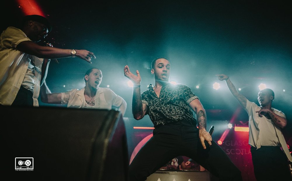 ASTON MERRYGOLD PERFORMING AT ORAN MOR, GLASGOW - 09.04.18   PICTURE: ALANNAH MCCLYMONT PHOTOGRAPHY