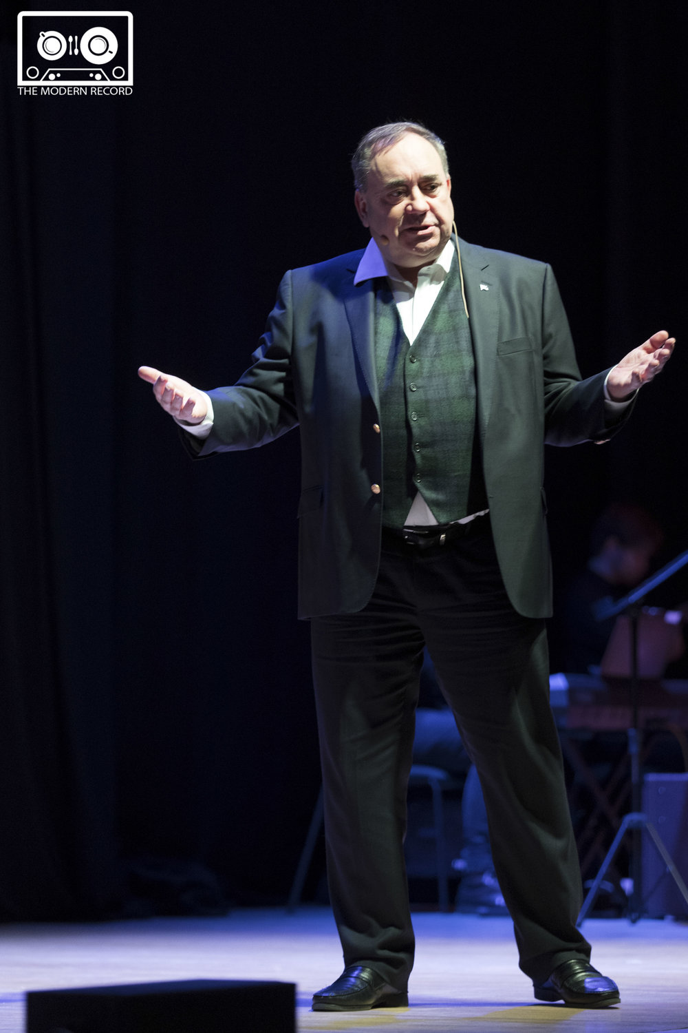 Alex Salmond in Dundee at the Caird Hall-15.jpg