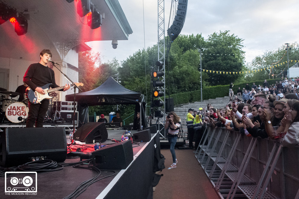 JAKE BUGG PERFORMING AT GLASGOW'S KELVINGROVE BANDSTAND - 25.05.2018  PICTURE BY: LEANNA TANNER PHOTOGRAPHY