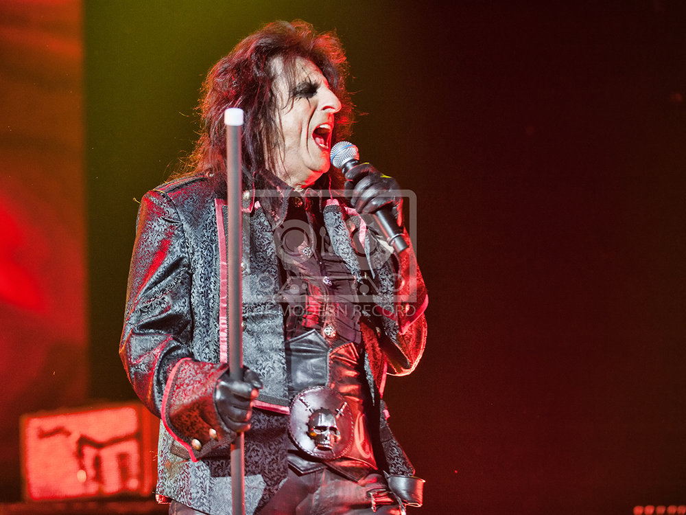 The Hollywood Vampires  At The SSE Hydro, Glasgow19-06-201809.jpg