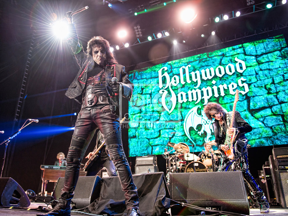 The Hollywood Vampires  At The SSE Hydro, Glasgow19-06-201818.jpg