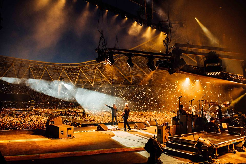 FOO FIGHTERS PERFORMING AT LONDON STADIUM, LONDON - 22.06.18  PICTURE: ROSS HALFIN PHOTOGRAPHY