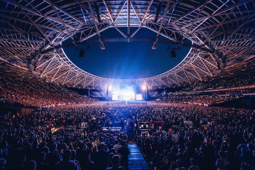 FOO FIGHTERS PERFORMING AT LONDON STADIUM, LONDON - 22.06.18  PICTURE: ROSS HALFIN/OLIVER HALFIN PHOTOGRAPHY