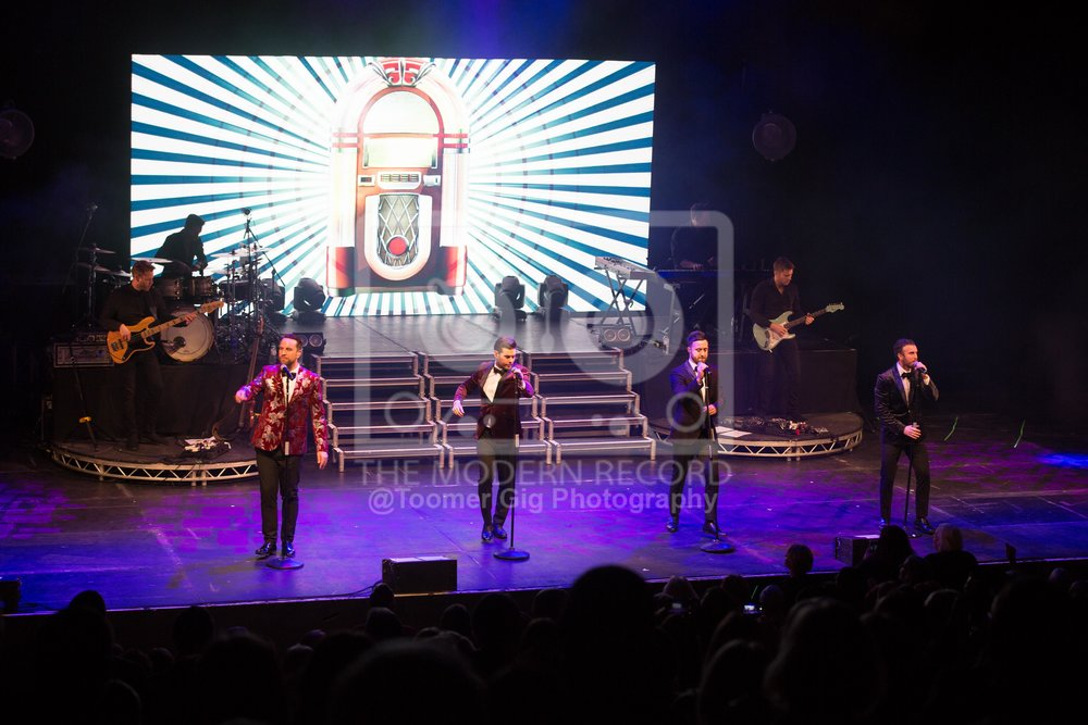 THE OVERTONES PERFORMING AT YORK'S BARBICAN - 14.12.2018  PICTURE BY: LAURA TOOMER @TOOMERGIGPHOTOGRAPHY