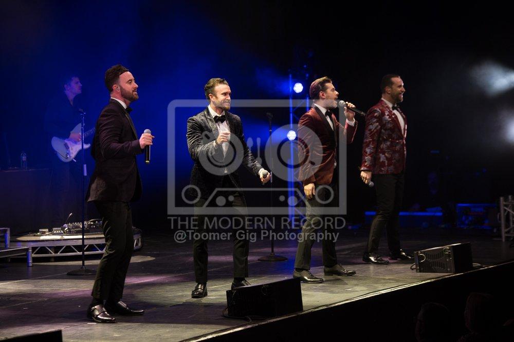 The Overtones - York Barbican - 14.12.18-3.jpg
