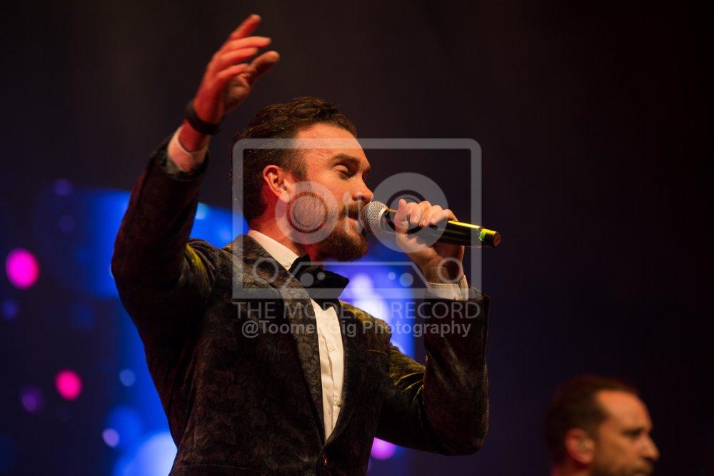 The Overtones - York Barbican - 14.12.18-5.jpg